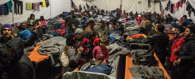 Idomeni, migliaia di profughi bloccati nel campo da settimane