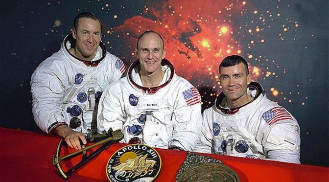 «Armstrong il primo uomo sulla Luna. Ma io, Jim Lovell, il primo naufrago dello spazio a essere tornato»